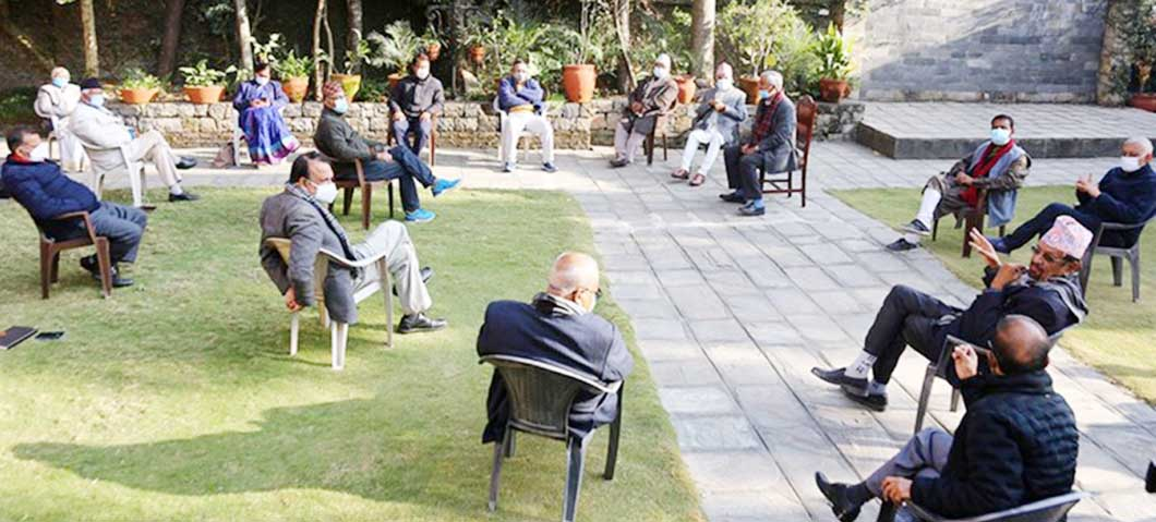 कांग्रेस बैठक निष्कर्ष विहीन, दुवै पक्ष आ-आफ्नै अडानमा
